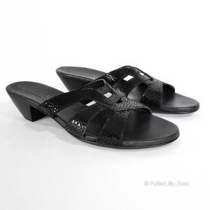 Munro Shoes - MUNRO • Black Kitten Heel Leather Sandals